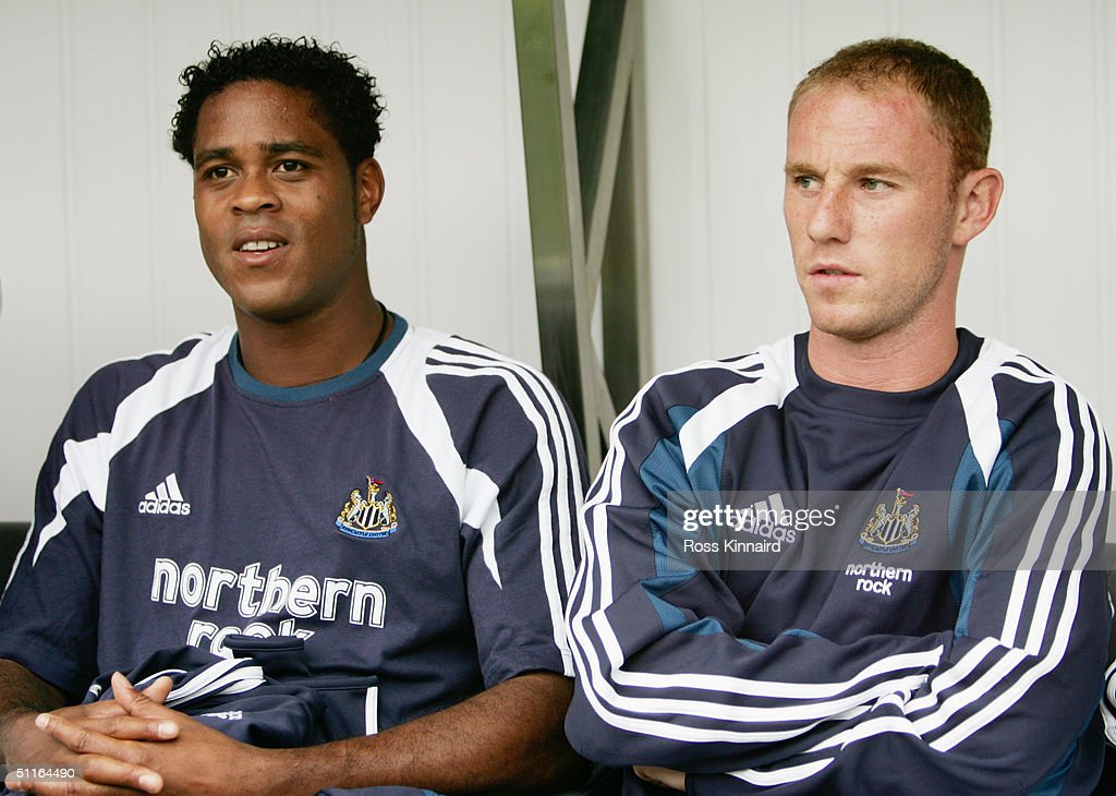 Patrick Kluivert of Newcastle United and Nicky Butt of Newcastle United : News Photo