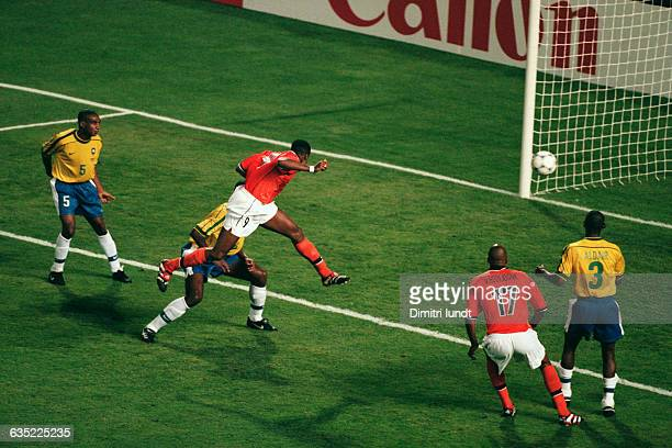 Patrick Kluivert scoring a goal for the Netherlands in the semifinals of the 1998 FIFA World Cup Brazil vs the Netherlands