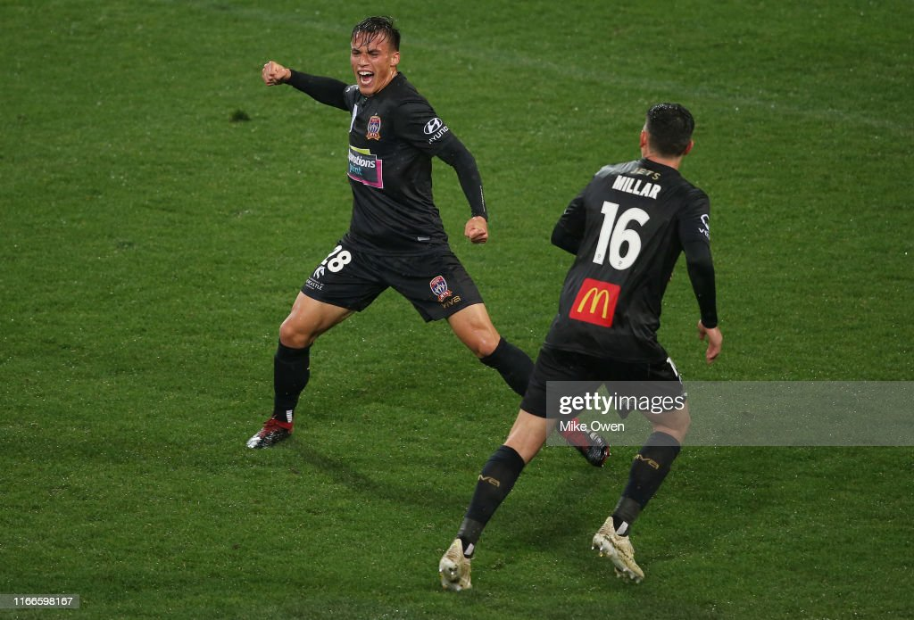 FFA Cup Rd of 32 - Melbourne Victory v Newcastle Jets : News Photo