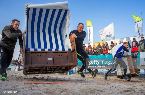 Patrick Lehmann and Robert Ninas during the 20m sprint at the 'Beach Chair Sprint World Cup' in Zinnowitz, Germany, 28 January 2017. Five two-person...