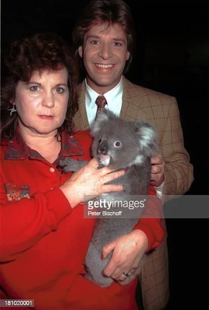 Patrick Lindner, Tierpark-Leiterin, Melbourne/Australien, , Koala, Tier, Promis, Prominente, Zoo, Sänger, Prominenter,