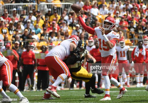 Patrick Mahomes of the Kansas City Chiefs throws a 15 yard touchdown pass to Chris Conley in the first quarter during the game against the Pittsburgh...