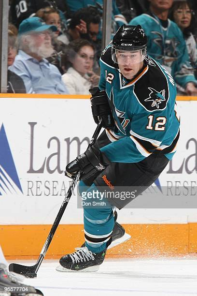 Patrick Marleau of the San Jose Sharks controls the puck during an NHL game against the Washington Capitals on December 30 2009 at HP Pavilion at San...