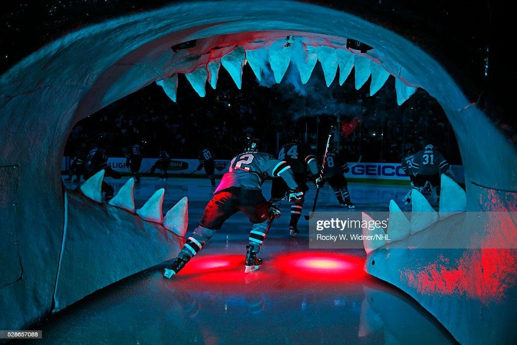 Nashville Predators v San Jose Sharks - Game Two : News Photo