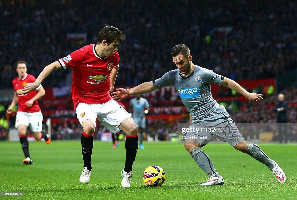 Manchester United v Newcastle United - Premier League : News Photo