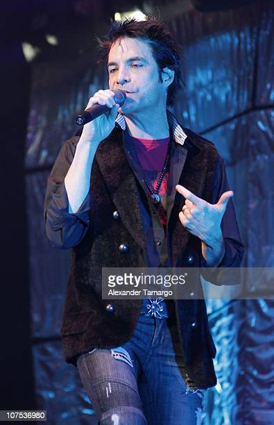 Patrick Monahan of the band Train performs during the Y100 Jingle Ball at BankAtlantic Center on December 11 2010 in Sunrise Florida
