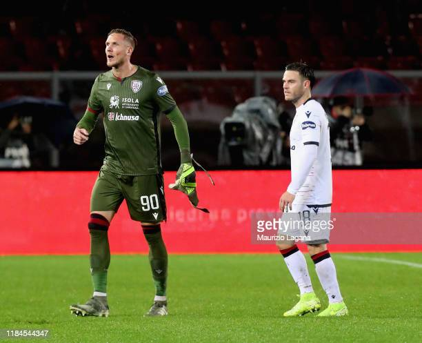 Patrick Olsen of Cagliari leavez the filed during the Serie A match between US Lecce and Cagliari Calcio at Stadio Via del Mare on November 25 2019...