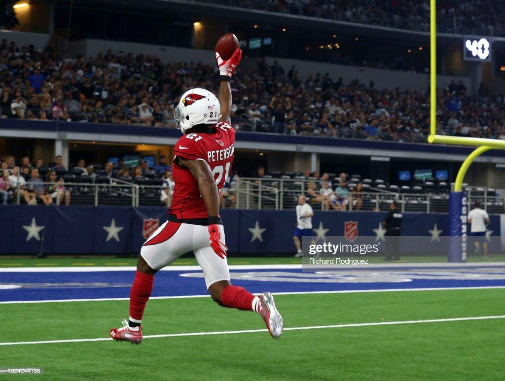 Arizona Cardinals v Dallas Cowboys : ニュース写真