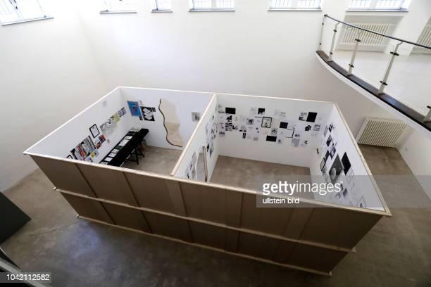 """Patrick Rieve gastiert mit seiner Ausstellung """"Der Käpt'n ist an Deck und übernimmt die volle Verantwortung"""" vom 07. September bis 21. Oktober 2017..."""