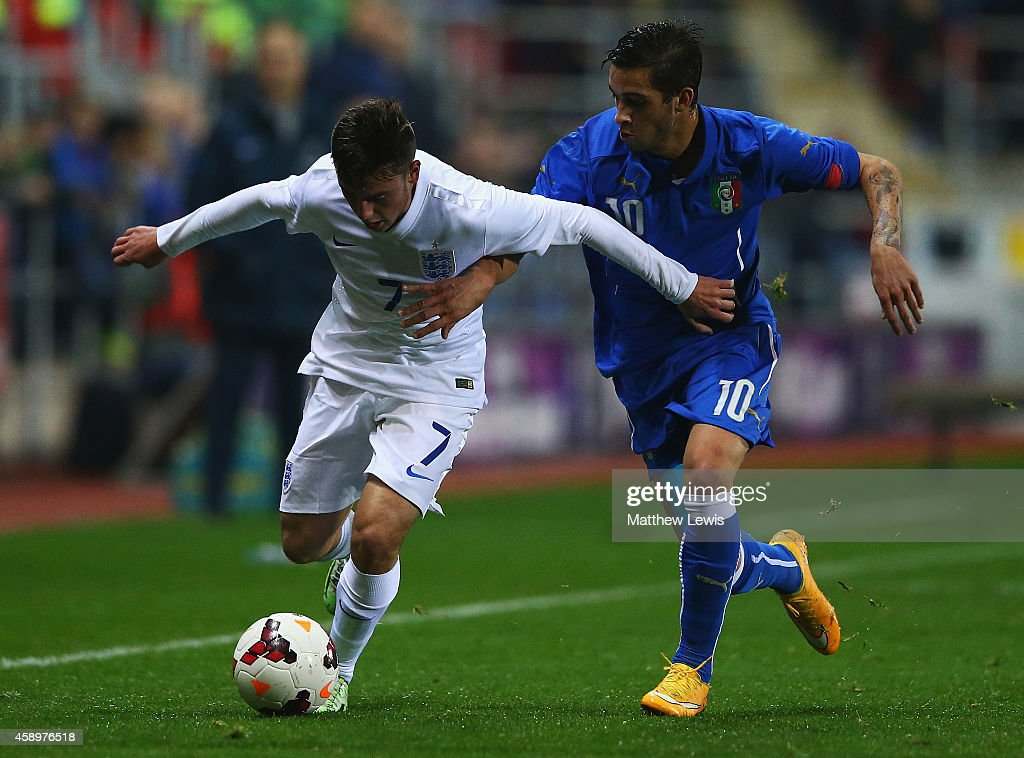 England v Italy - U19 International friendly : News Photo