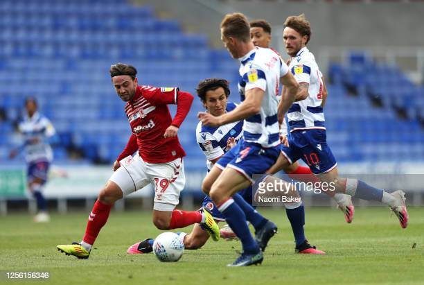 Patrick Roberts of Middlesbrough tries to break through the Reading defence during the Sky Bet Championship match between Reading and Middlesbrough...