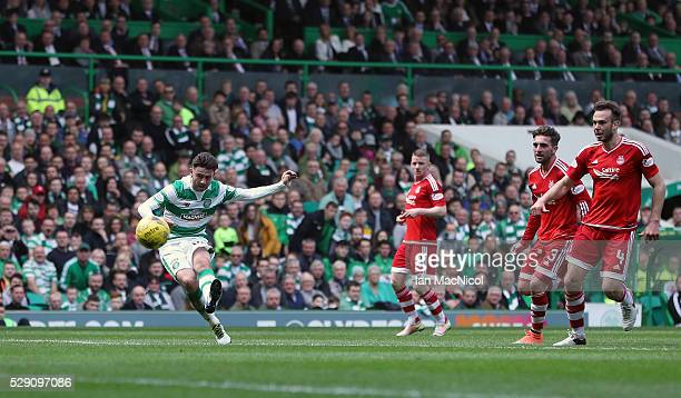Patrick Roberts scores his second goal of the game during the Ladbroke Scottish Premiership match between Celtic and Aberdeen at Celtic Park on May 8...