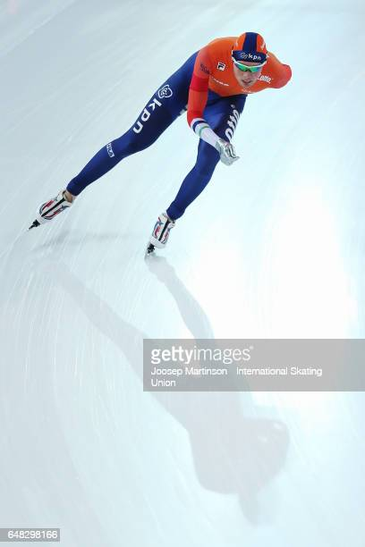 Patrick Roest of Netherlands competes in the Men's 10000m during day two of the World Allround Speed Skating Championships at Hamar Olympic Hall on...