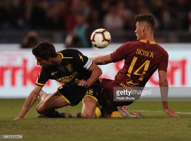 Patrick Schick of AS Roma competes for the ball with Marco Capuano of Frosinone Calcio during the Serie A match between AS Roma and Frosinone Calcio...