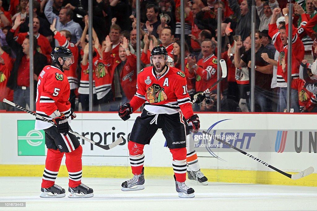 Stanley Cup Finals - Philadelphia Flyers v Chicago Blackhawks - Game Five