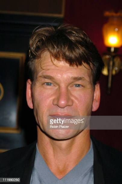 Patrick Swayze during 'Mona Lisa Smile' New York Premiere at Ziegfeld Theater in New York City New York United States