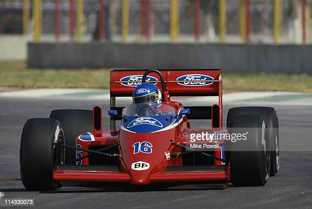 Patrick Tambay drives the Lola Racing Lola Beatrice THL2 Ford F1 15 V6T during practice for the Mexican Grand Prix on 11th October 1986 at the...