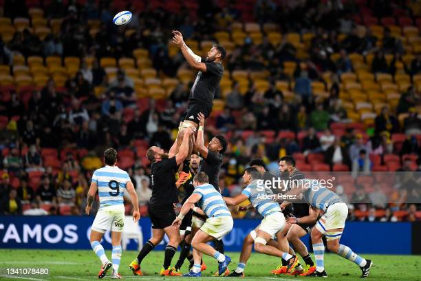 Patrick Tuipulotu of the All Blacks takes a lineout ball during The Rugby Championship match between the Argentina Pumas and the New Zealand All...