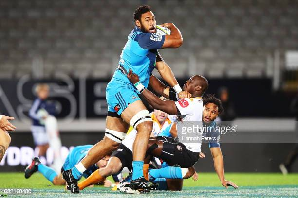 Patrick Tuipulotu of the Blues makes a break during the round 12 Super Rugby match between the Blues and the Cheetahs at Eden Park on May 12, 2017 in...