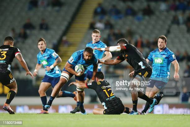 Patrick Tuipulotu of the Blues on the charge during the round 14 Super Rugby match between the Blues and the Chiefs at Eden Park on May 18, 2019 in...