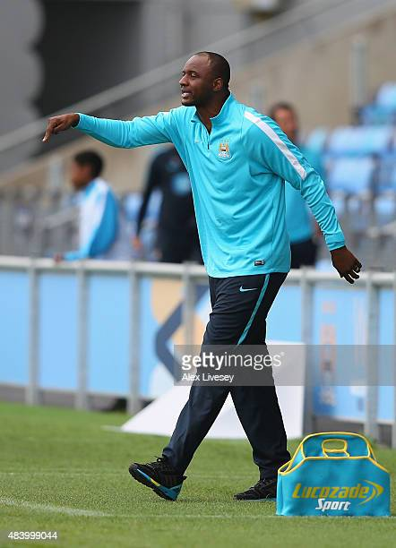 Patrick Vieira the coach of Manchester City U21 shouts instructions to his players during the Barclays U21 Premier League match between Manchester...