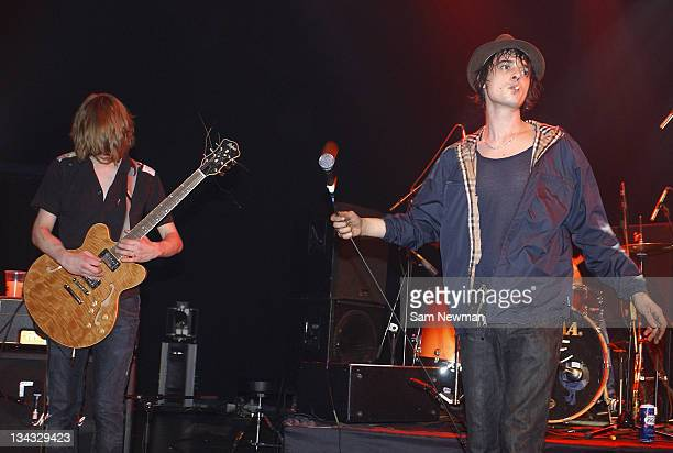 Patrick Walden rejoins Pete Doherty of Babyshambles to perform live on stage at Shepherds Bush Empire on 20 February 2006
