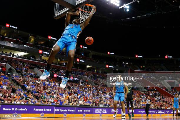 Patrick Williams of the Florida State Seminoles dunks against the South Florida Bulls during the second half of the Orange Bowl Basketball Classic at...