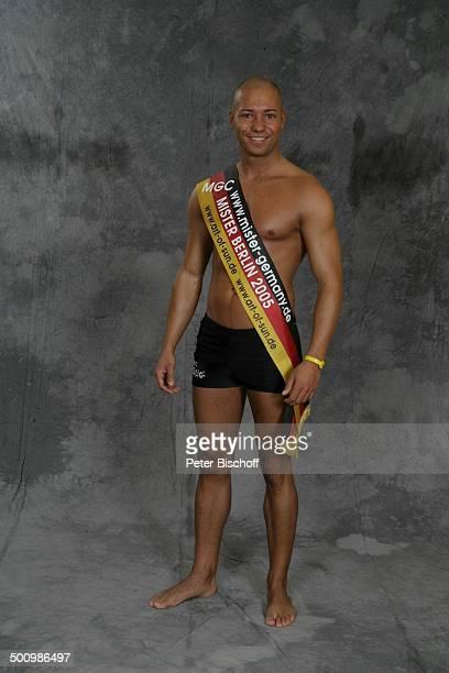 Patrick Winkelsdorf Wahl zum Mister Germany 2005/06 Linstow Deutschland PNr 1649/2005 Van der Valk Resort Sieger nackter Oberkörper Schärpe Badehose...