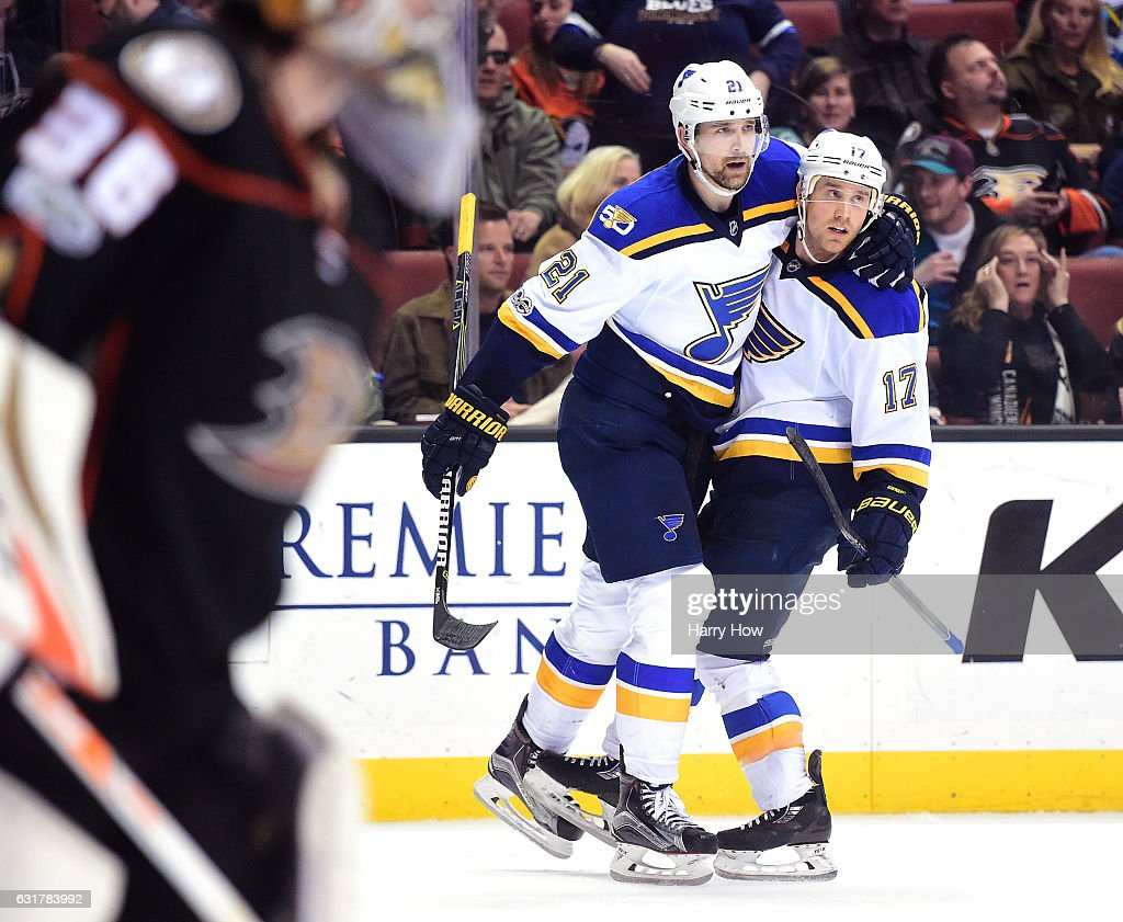 Patrik Berglund #21 of the St. Louis Blues celebrates his goal with Jaden Schwartz #17 for a 2-1 overtime win as John Gibson #36 of the Anaheim Ducks skates to the bench at Honda Center on January 15, 2017 in Anaheim, California.