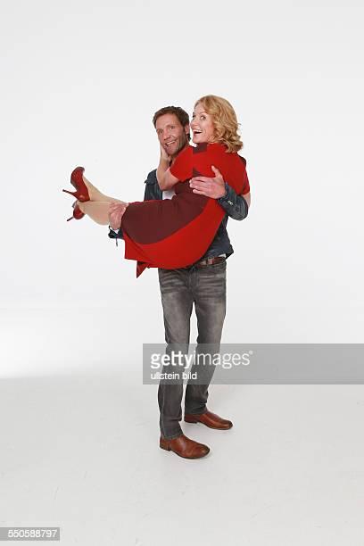 Patrik Fichte der deutsche Schauspieler mit Maike Bollow der deutschen Schauspielerin beim Fototermin zum Start der 10 Staffel der ARDTelenovela Rote...