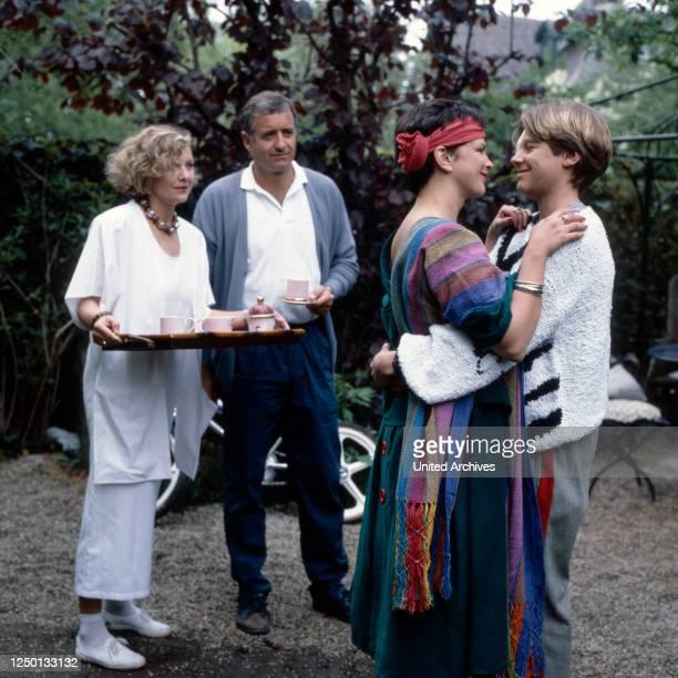 Patrik Pacard, Fernsehserie, Deutschland 1984, Regie: Gero Erhardt, Darsteller: Gila von Weitershausen, Peter Bongartz, Agnes Dünneisen , Hendrik...