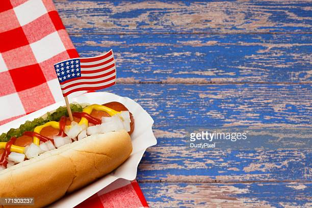 patriotic hotdog - fourth of july stock pictures, royalty-free photos & images