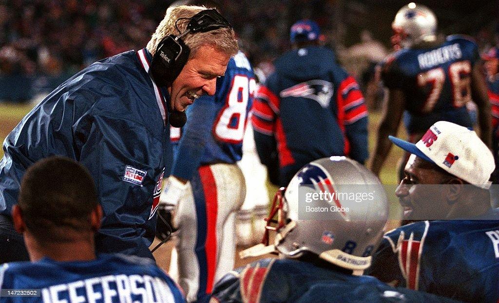 New York Jets Vs. New England Patriots : News Photo