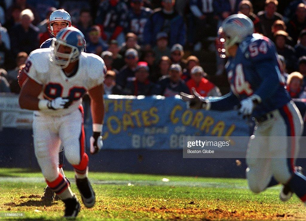 Denver Broncos Vs. New England Patriots : News Photo