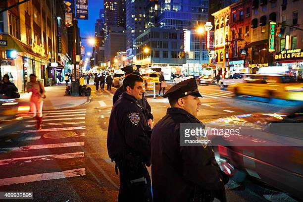 patrol at night - new york city police department stock pictures, royalty-free photos & images