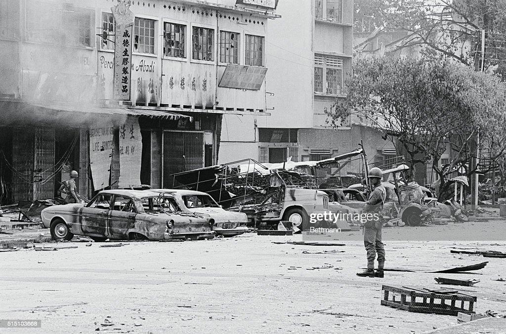 Post-Riot Scene in Kuala Lumpur : News Photo