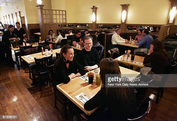 Patrons dine at the newlyopened Midnight Cafe II on Lafayette St in Soho The location was formerly occupied by The Falls bar and restaurant where...