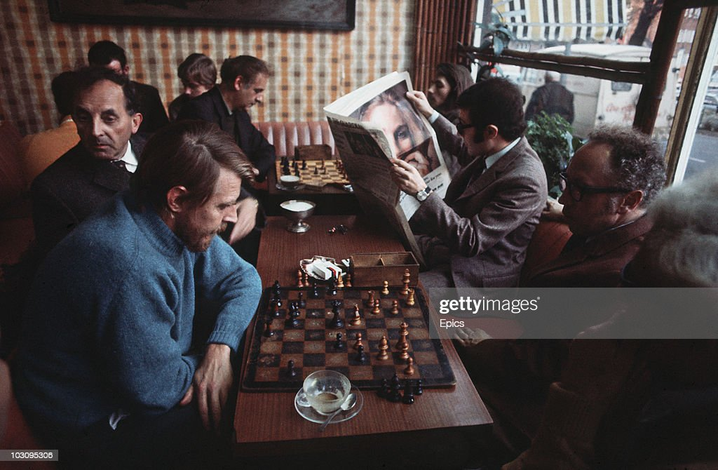 Bohemian Chess : News Photo