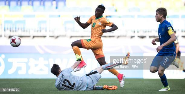 Patson Daka of Zambia scores his teams first goal during the FIFA U20 World Cup Korea Republic 2017 Quarter Final match between Italy and Zambia at...