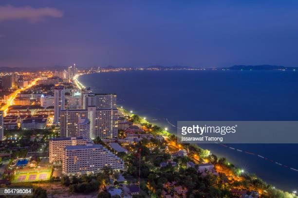pattaya city and sea with suset - provinz chonburi stock-fotos und bilder