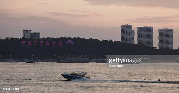 pattaya city  - gwengoat stock-fotos und bilder