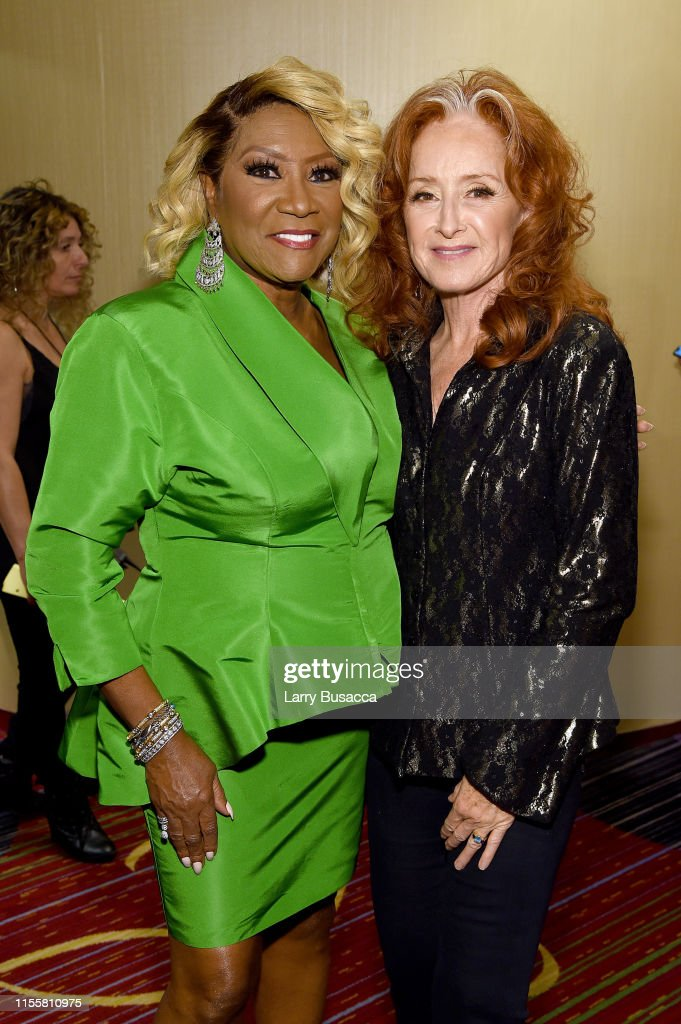 Songwriters Hall Of Fame 50th Annual Induction And Awards Dinner - Backstage : News Photo