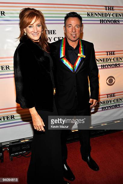 Patti Scialfa and Kennedy Center Honoree Bruce Springsteen attend the 32nd Kennedy Center Honors at Kennedy Center Hall of States on December 6 2009...