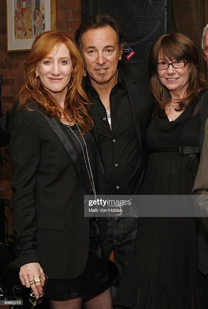 Patti Scialfa, Musical Artist Bruce Springsteen and honoree Senior Vice President International Marketing, Sony Music Label Group, Tracy Nurse attend the 2008 Kristen Ann Carr Fund's 'A Night To Remember' Honoring Tracy Nurse on May 3, 2008 in New York City.