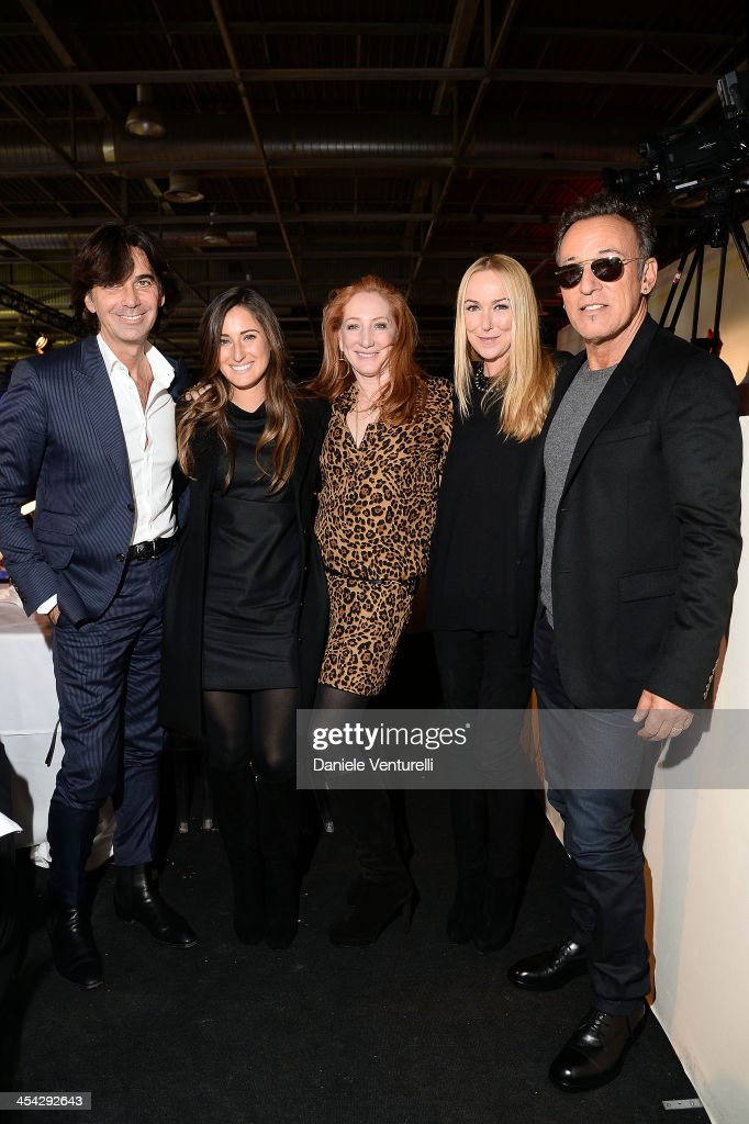 Patti Scialfa, Patrizio Di Marco, Bruce Springsteen, Jessica Springsteen and Frida Giannini attend day 4 of the Gucci Paris Masters 2013 at Paris Nord Villepinte on December 8, 2013 in Paris, France.