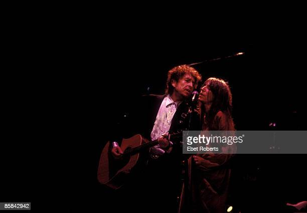 Photo of Patti SMITH and Bob DYLAN w/Patti Smith performing live onstage