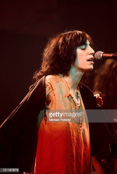 Patti Smith performs on stage New York 1976