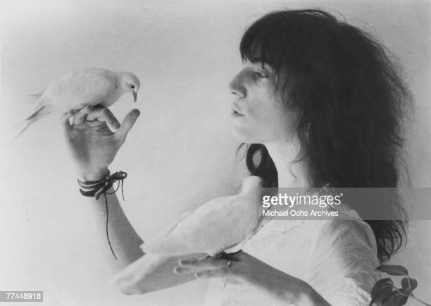 Patti Smith poses for a portrait circa 1977