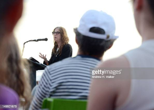 Patti Smith speaks at Books Beneath the Bridge with Patti ...