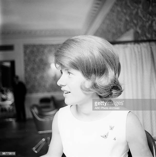 SHOW Patty Duke and Mr Kenneth July 8 1963 PATTY